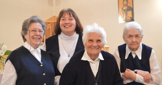 Egyházközségi Nővérek